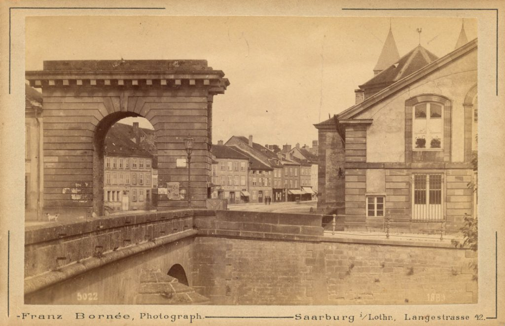 archive porte de la ville de Sarrebourg